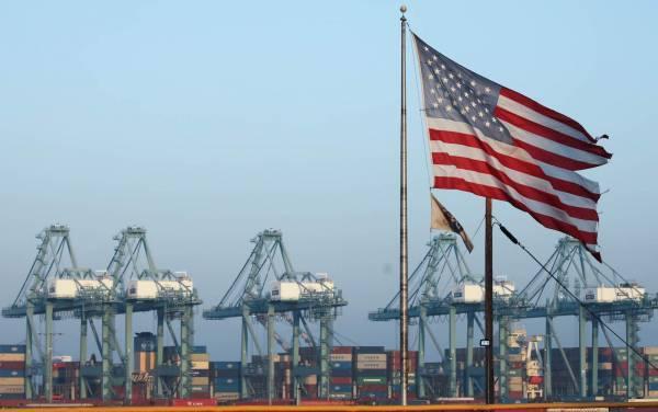 ΗΠΑ: Διευρύνθηκε στα 96,3 δισ.δολάρια το εμπορικό έλλειμμα τον Σεπτέμβριο