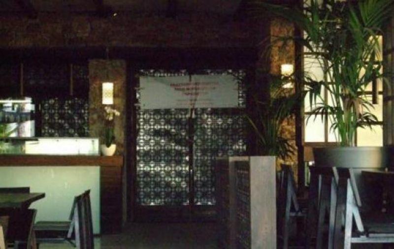 """Έβαλαν """"λουκέτο"""" σε γνωστό beach bar της Μυκόνου"""