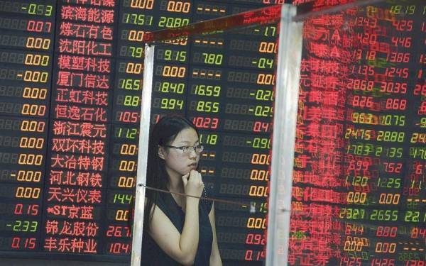 Εξανεμίστηκαν 3 τρισ. δολ. από την κινεζική αγορά μετοχών