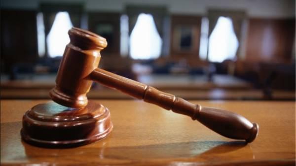 Στον ανακριτή η δεκαοκτάχρονη που κατηγορείται για πορνογραφία ανηλίκων