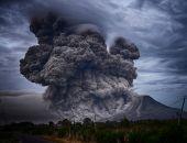 Εξερράγη το ηφαίστειο Αγκούνγκ στην Ινδονησία