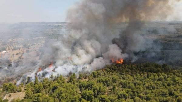 Φωτιά στο χωριό Βασιλίτσι Μεσσηνίας- Προληπτική εκκένωση
