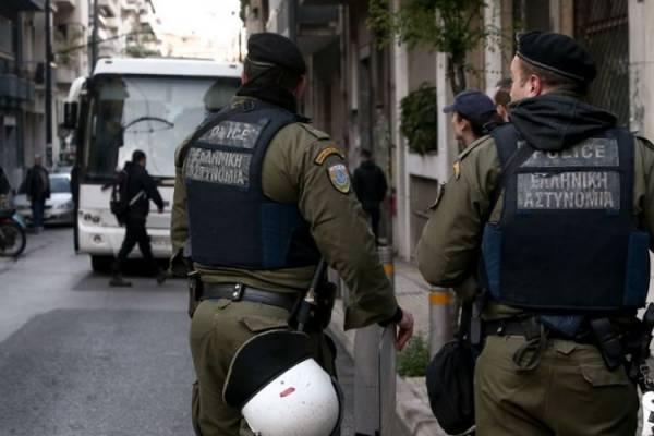 Συλλήψεις μετά από επιχείρηση της ΕΛΑΣ στα Εξάρχεια