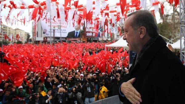 Δύο χρόνια «μονοκρατορία Ερντογάν»