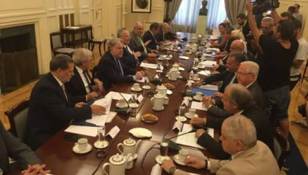 Αντίστροφη μέτρηση για το νομοσχέδιο του Συμβουλίου Εθνικής Ασφαλείας