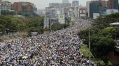 Βενεζουέλα: Νέες διαδηλώσεις, έξω από τις φυλακές, οργανώνει η αντιπολίτευση
