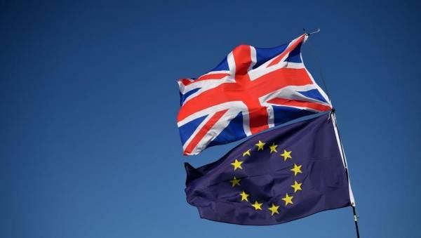 Βρετανία: Απαραίτητη μία εμπορική συμφωνία για το Brexit